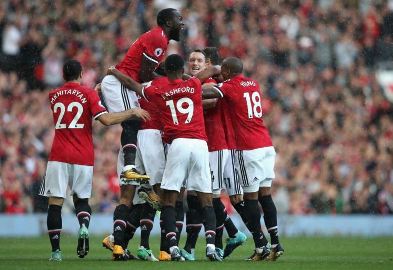 5ème Journée Premier League : United répond à City en écrasant Everton (4-0)