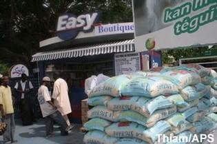 66 magasins de référence dans la banlieue d'ici fin janvier 2010