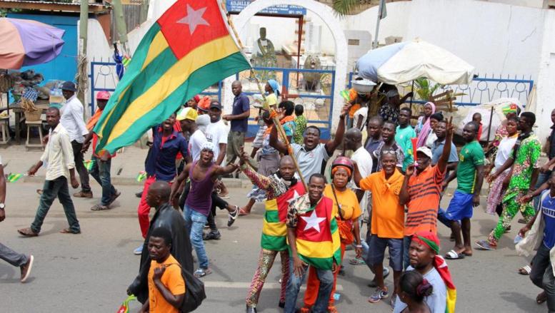 Togo: la révision constitutionnelle devra passer par un référendum