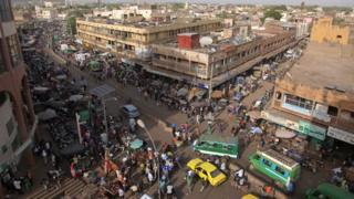 Bamako : un incendie ravage le marché de Médine