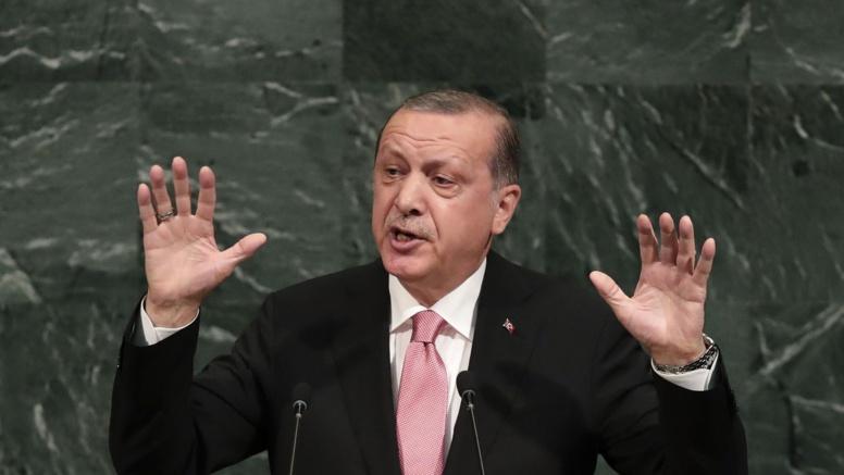 Frontières et pétrole: Erdogan veut sanctionner les kurdes d'Irak