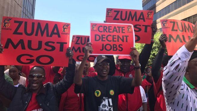 Manifestation de la Cosatu: une marée rouge à Johannesburg