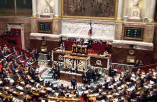 L'hémicycle a été vidé vers 17 heures. (Reuters)