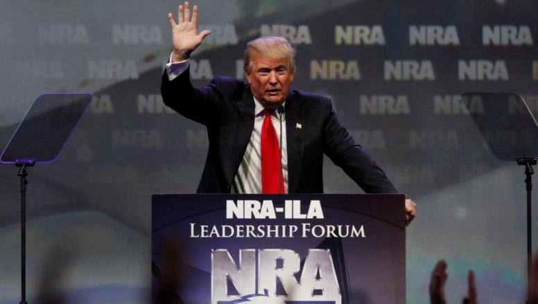 Las Vegas: comme après chaque tuerie, le débat sur le port d'armes ressurgit