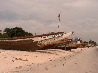 Dakar, les enfants perdus de Thiaroye