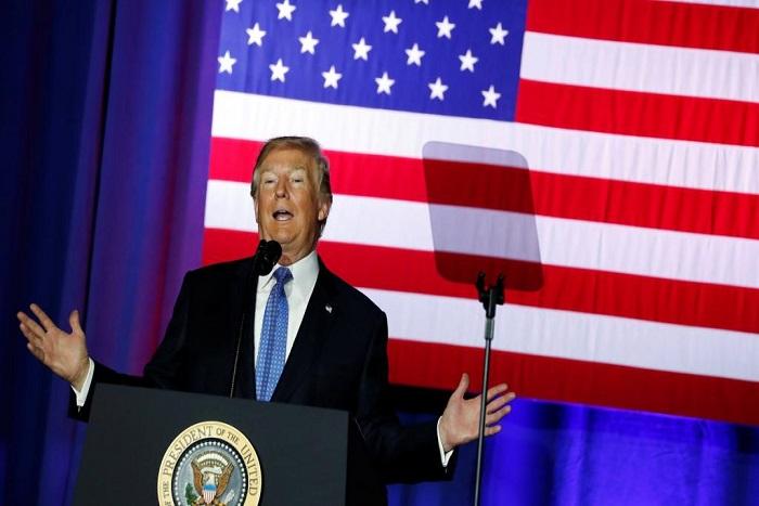 Etats-Unis: Trump se tourne vers les démocrates pour remplacer l'Obamacare