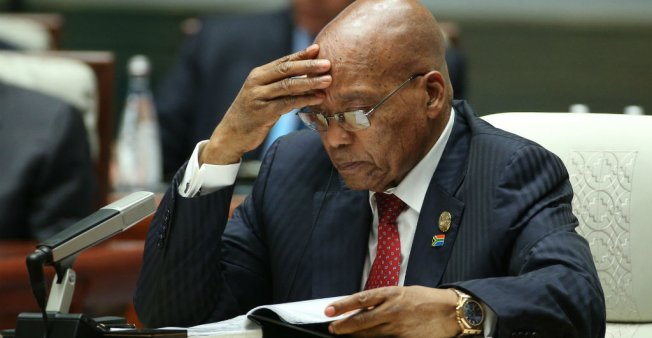 Le Président Zuma livré à la justice — Soupçons de corruption