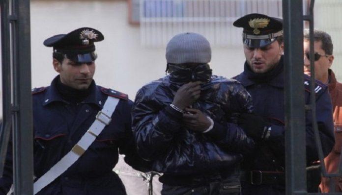 Sénégalais arrêtés en Italie pour…trafic de cocaïne et prostitution