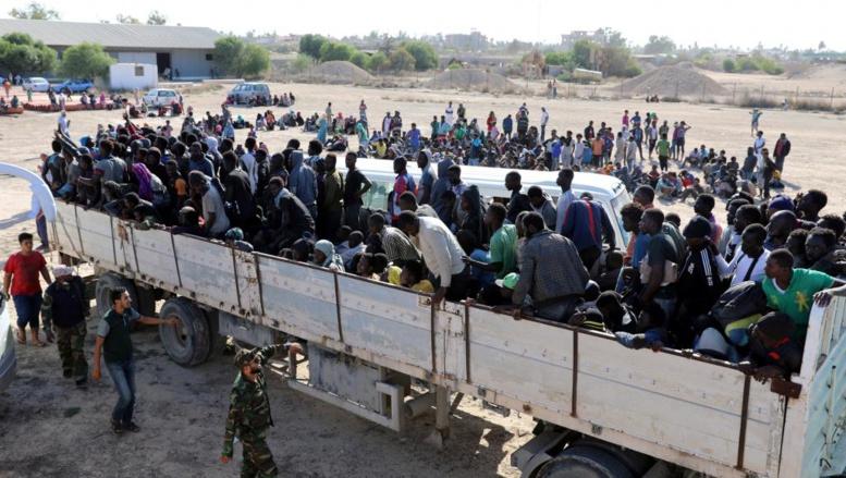 Libye: les migrants de Sabratha répartis dans des centres déjà surpeuplés