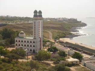 """""""Minarets suisses"""", au Sénégal aussi le débat fait rage"""