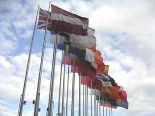 L'Union européenne durcit les sanctions contre la Guinée