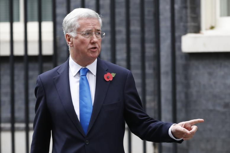 Royaume-Uni: le ministre de la Défense démissionne après avoir été accusé de harcèlement sexuel