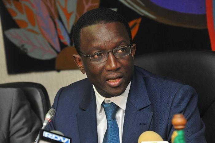 Taux d'endettement: Amadou BA corrige Wade