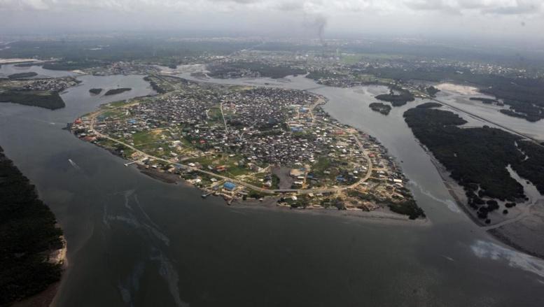Nigeria: un otage britannique tué, trois autres libérés