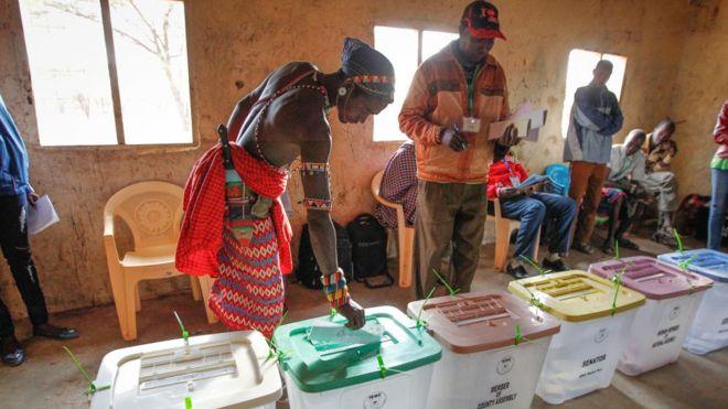 Kenya: recours contre la réélection de Kenyatta