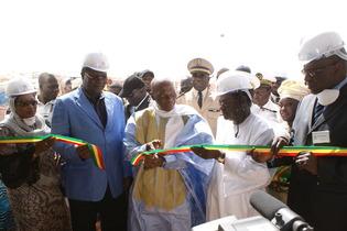 """Inauguration des phosphates de Matam: Wade assimile Senghor et Diouf à des """"prédateurs"""""""