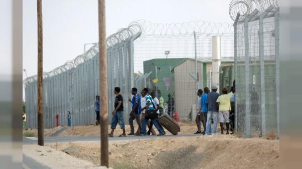 Migrants: Israël va fermer son centre de rétention, expulsions à la clé