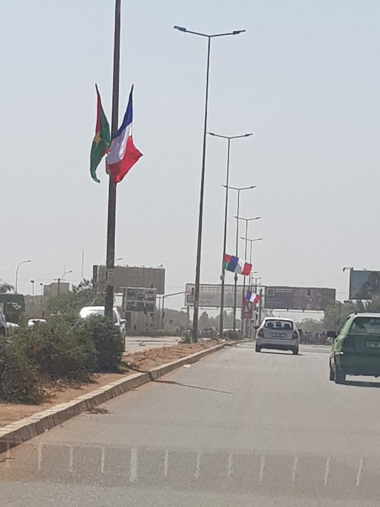 Pas d'école au Burkina pendant la visite de Macron : Et Sankara se retourna dans sa tombe