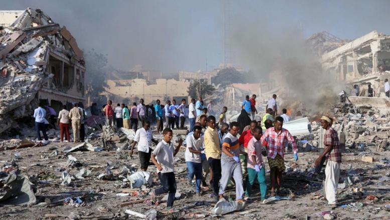 Le bilan du pire attentat de l'histoire de la Somalie s'élève à 512 morts