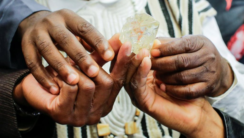 Sierra Leone: l'un des plus gros diamants du monde part pour 6,5 millions de dollars