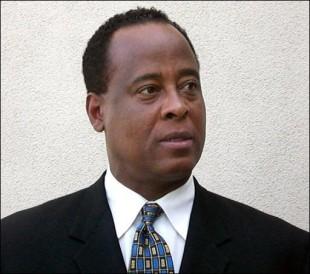Décès de Michael Jackson: Le Dr Murray inculpé