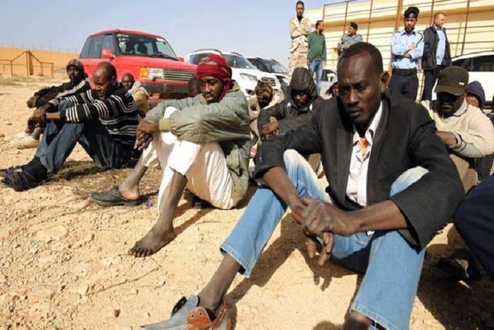 Les gouvernements européens complices de violations des droits humains des migrants — Libye