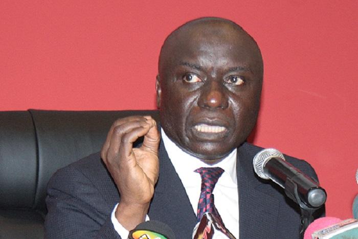 «Ce n'est pas en saupoudrant des bourses familiales ridicules dans le pays qu'on va le développer» (Idrissa Seck)