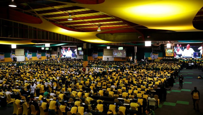 Successeur de Jacob Zuma: l'ANC a voté dans un climat électrique