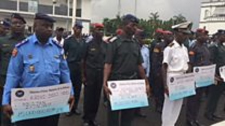Près de 1000 militaires quittent l'Armée ivoirienne.