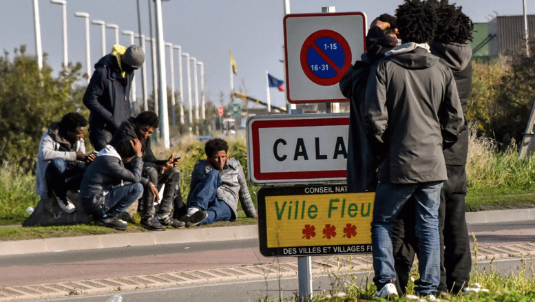 France: de plus en plus de migrants renversés, les associations inquiètes