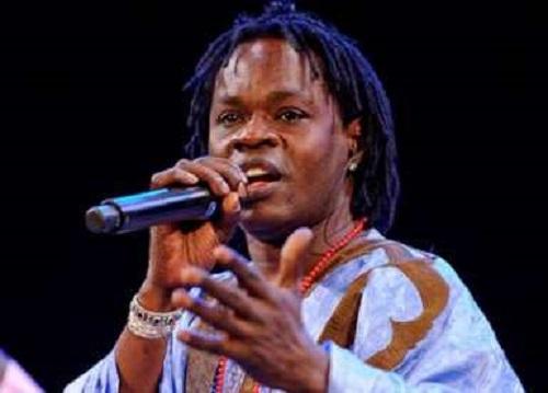 Baba Maal élevé au grade de Commandeur de l'Ordre national du Mali, (manager)