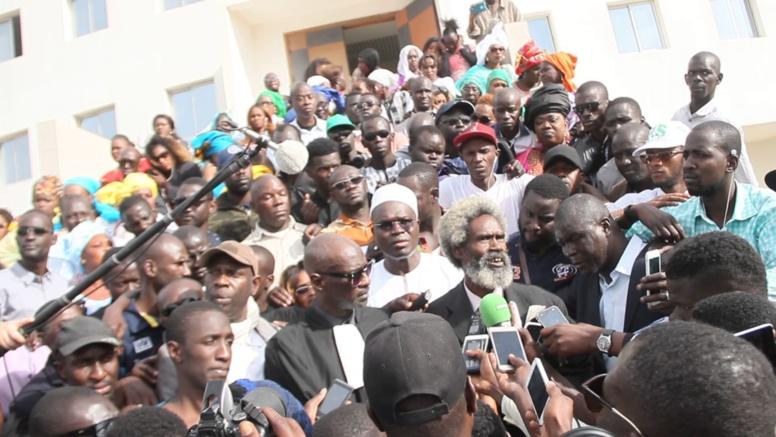 Le procès Khalifa Sall se dirige vers un nouveau report de 2 mois... Niasse, Idy, Amadou Ba et Tanor convoqués à la barre