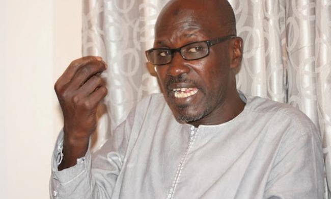 """Seydou Gueye, porte-parole du Gouvernement : """" On n'a jamais dit que les 152 milliards provenaient de la traque"""""""