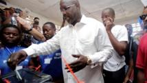 Liberia: confirmé victorieux, George Weah prononce des paroles d'unité
