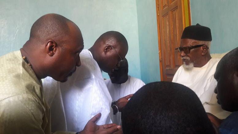 """Les condoléances de Khalifa Sall suite à la disparition de Serigne Sidy Mokhtar Mbacké : """"C'était un confident"""""""