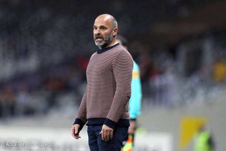 L'entraîneur de Toulouse Pascal Dupraz a été victime d'un malaise et ne sera pas sur le banc dimanche