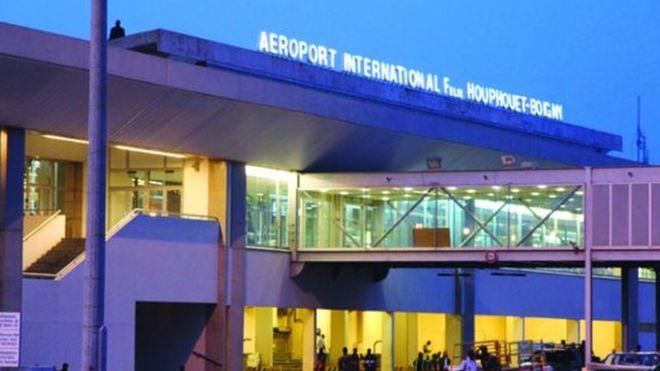 Une nouvelle taxe sur les billets d'avion en Côte d'Ivoire