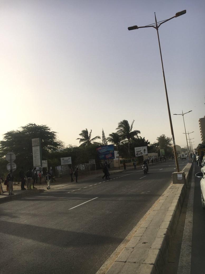 La tension persiste à l'Ucad : Les forces de l'ordre sont dans le campus... les étudiants retranchés aux alentours de la Corniche