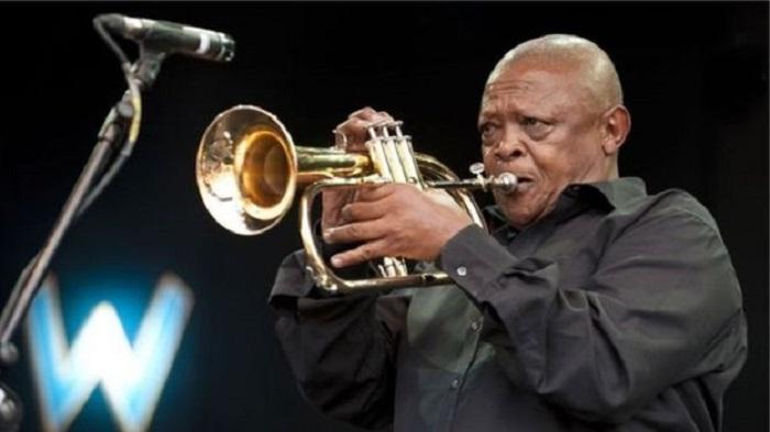 Le trompettiste sud-africain Hugh Masekela est mort