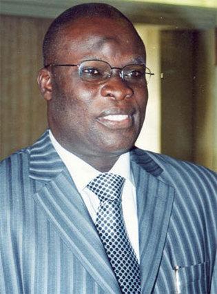 Le ministre de la culture invite les acteurs de la culture à l'inauguration du monument de la renaissance africaine.
