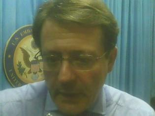 «Les délits d'opinion n'ont aucune place dans une démocratie » selon le journaliste américain Eduardo Cué.