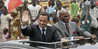Fête Nationale du Sénégal : Sarkozy reparle du départ des bases françaises à Wade mais ne parle pas du monument…