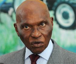 Abdoulaye Wade pense aux générations futures dans l'exploitation des mines.
