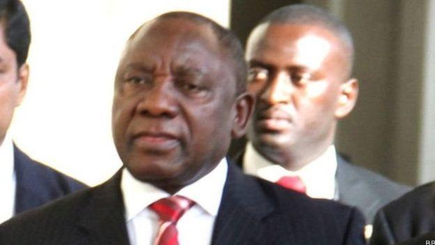 Le président par intérim Cyril Ramaphosa a prêté serment — Afrique du Sud