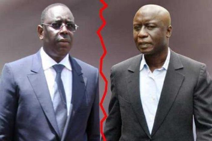 Contrat pétrolier : Idrissa Seck accule Macky Sall
