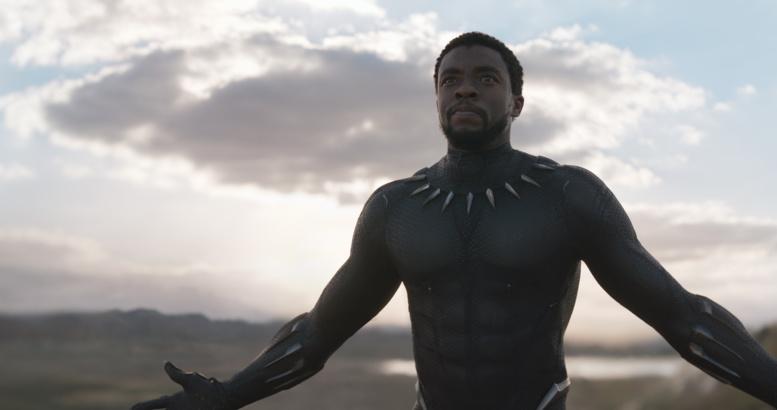 """Le rappeur Kendrick Lamar invite 1000 enfants défavorisés à regarder """"Black Panther"""" au cinéma"""