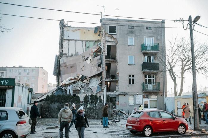 Pologne : 4 morts et 21 blessés dans l'effondrement d'un immeuble