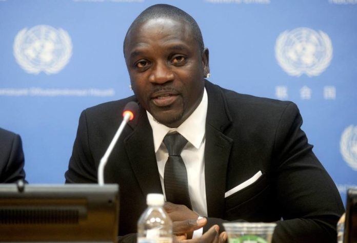 Le chanteur Akon, futur président des Etats-Unis d'Amérique — Sénégal