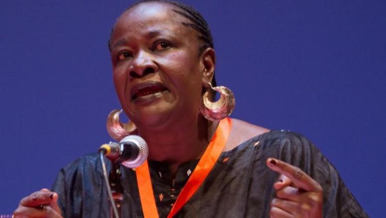 L'hommage du rappeur Didier Awadi à l'écrivaine militante Aminata Traoré