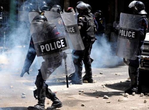 URGENT - Vives Tensions à Fatick : Les élèves du lycée font face aux forces de l'ordre et...